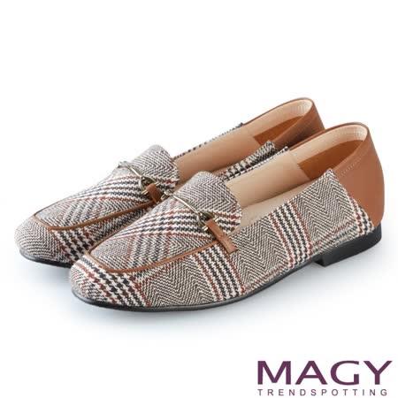 【MAGY】 布面格紋拼接牛皮平底鞋