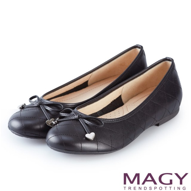 【MAGY】清新甜美女孩 菱格紋縫線真皮平底娃娃鞋(黑色)