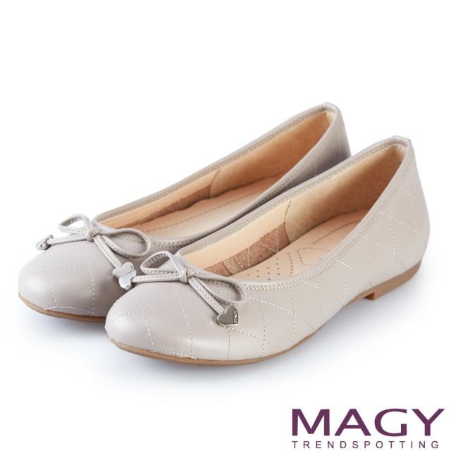 【MAGY】清新甜美女孩 菱格紋縫線真皮平底娃娃鞋(灰色)
