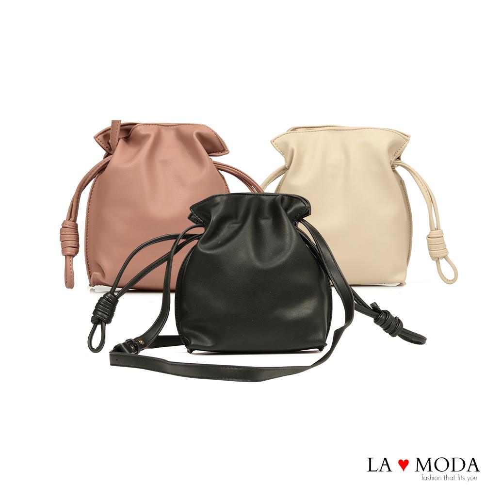 La Moda 輕巧可愛結繩造型軟皮質斜背小包(共3色)