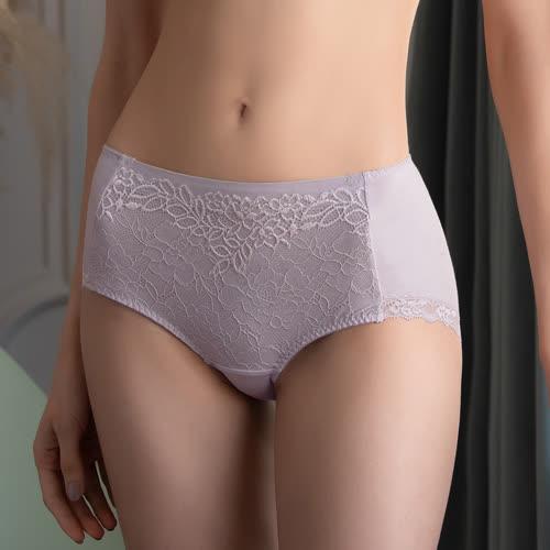 金華歌爾 寵愛 M-3L中高腰三角褲(冷冽紫) 優雅彈性蕾絲 絲蛋白加工 親膚保溼 IS3235F9