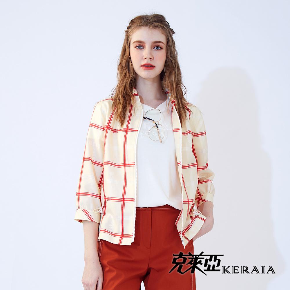 【KERAIA 克萊亞】紅緞日晨格紋荷葉領外套