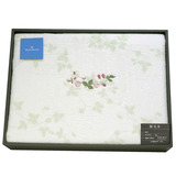 WEDGWOOD繽紛田園野莓圖騰毛毯禮盒-粉嫩綠