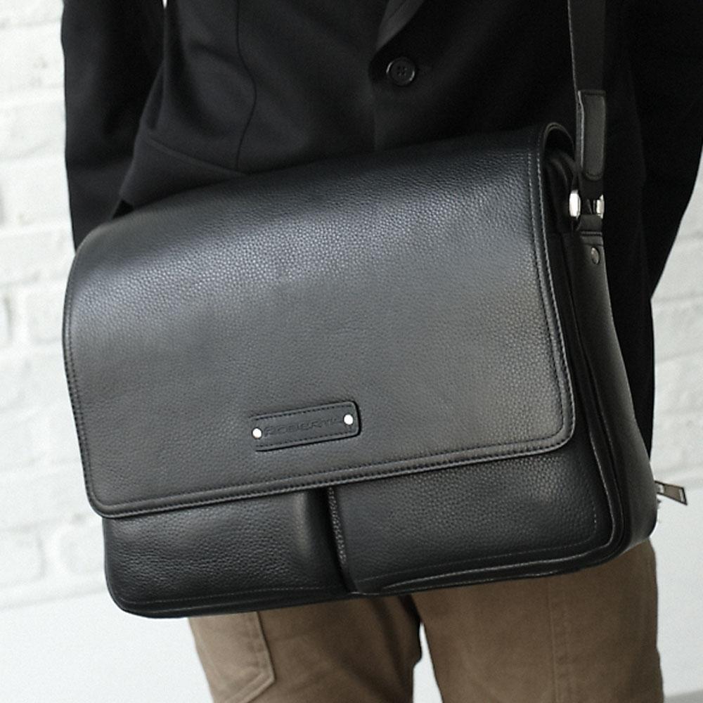 Roberta Colum - 時尚鉚釘軟牛皮多口袋功能側肩斜包-共2色